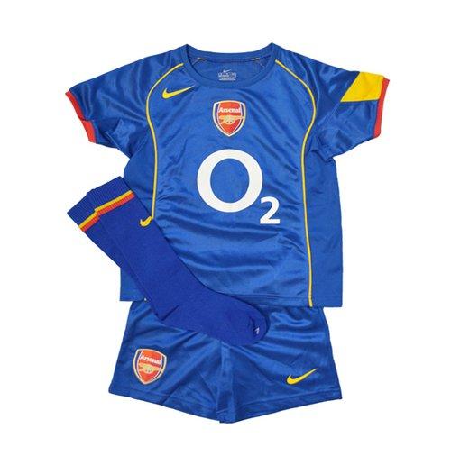 watch 96e0d b4716 2004-2005 Arsenal Away Nike Little Boys Mini Kit