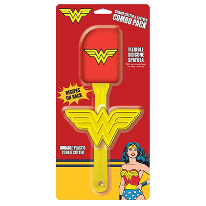 WONDER WOMAN Spatula and Cookie Cutter Set